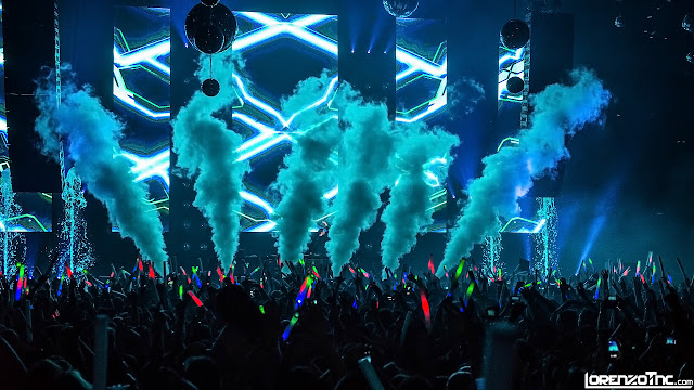 Music Festivals, EDM, EDC, Rave Parties, DJs use Cryogenics theatrical special effects from CryoFX.com