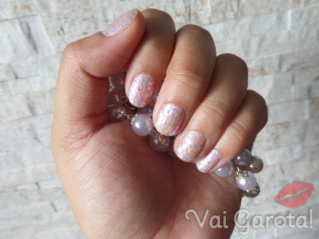 Esmaltando: Heavenly + Me Beija