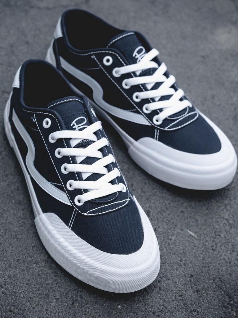 Sepatu Patrobas Ivan