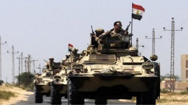 ΛΙΒΥΗ: Με το δάχτυλο στη σκανδάλη o Αιγυπτιακός στρατός