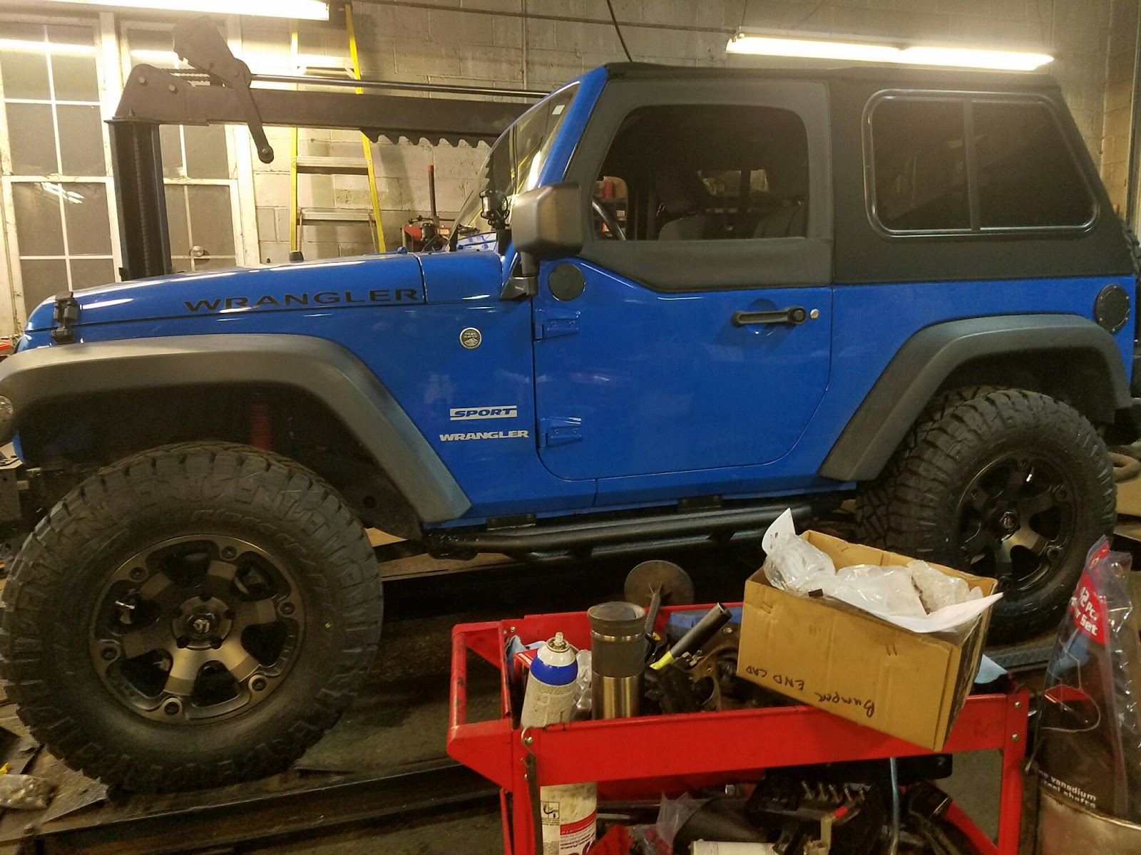 randomly learned: besttop trektop pro on 2 door jeep jk