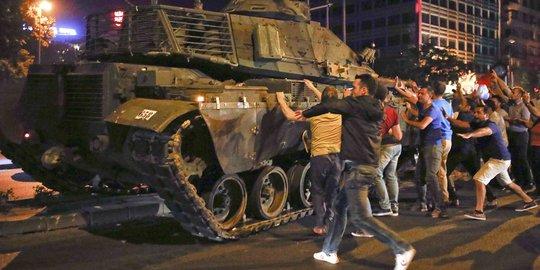 Apakah Indonesia Bisa Alami 'Kudeta Militer' Seperti Myanmar? Begini Pandangan Pengamat