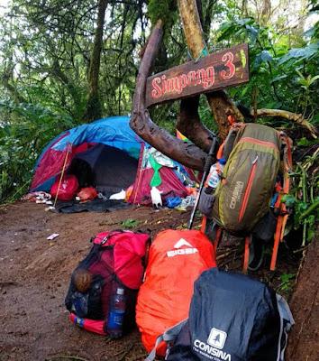 Pos Simpang 3 Gunung Kembang