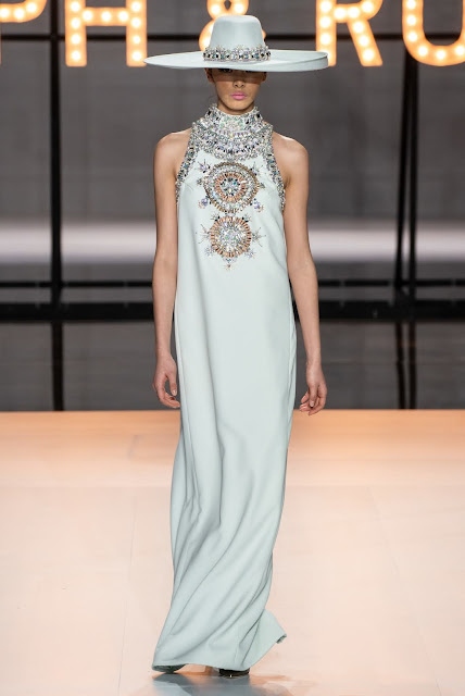 HAUTE COUTURE :RALPH AND RUSSO