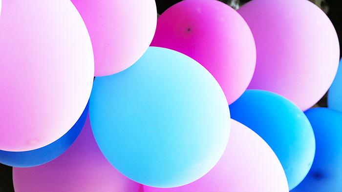 palloncini rosa e blu