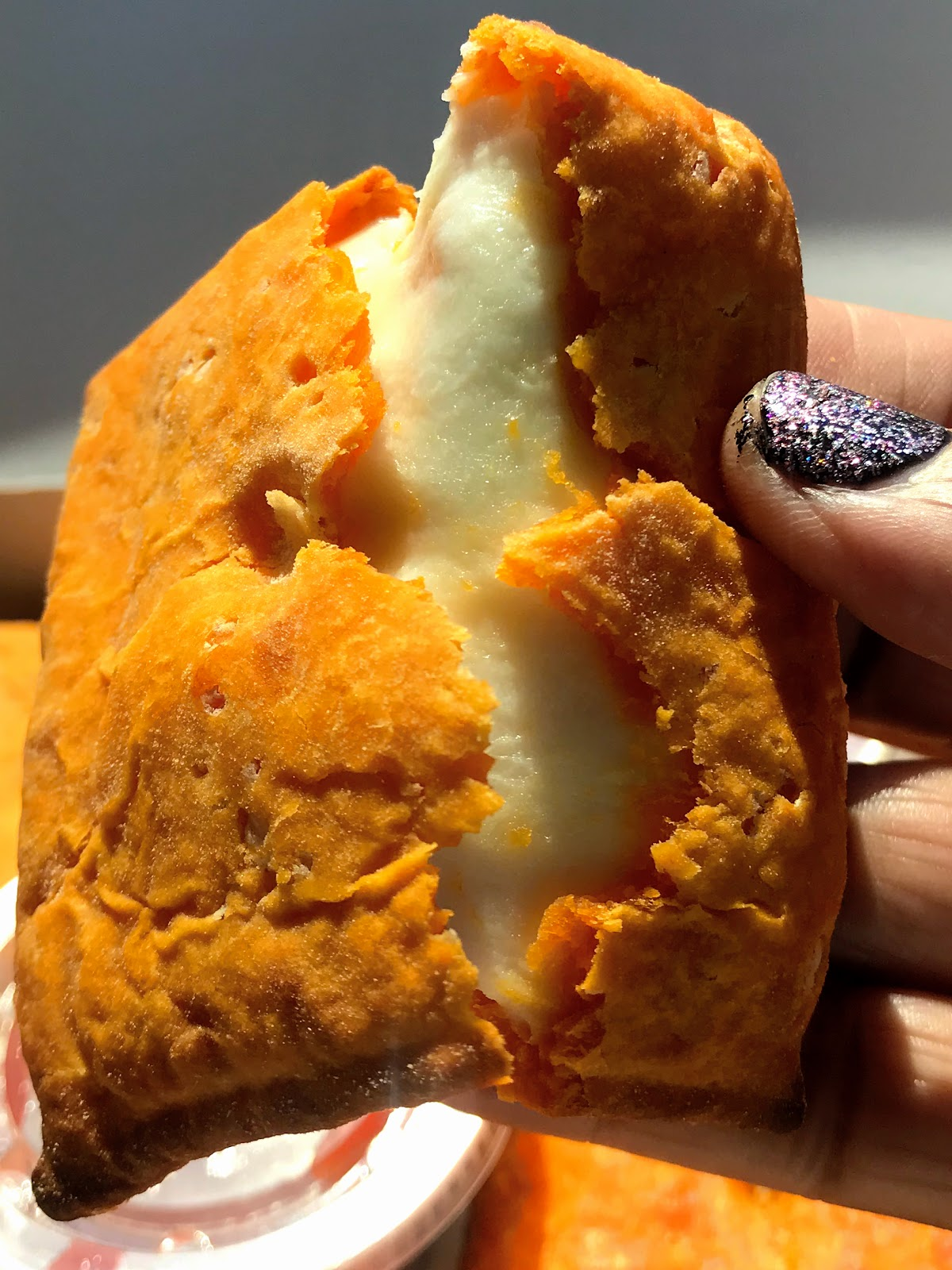 Image: Regular Cheez-It Pizza from Pizza Hut!Weekend Bits And Favorites 26:The Recapping Post!