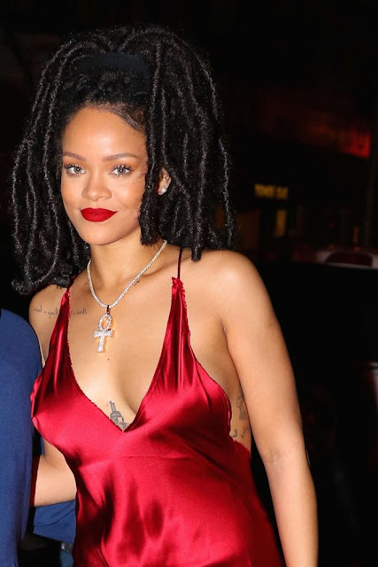 Rihanna – Arriving at Carbone Restaurant in New York City