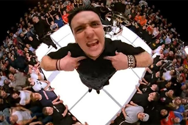 """Papa Roach: vocalista garante que não plagiou o Iron Maiden em """"Last Resort"""""""