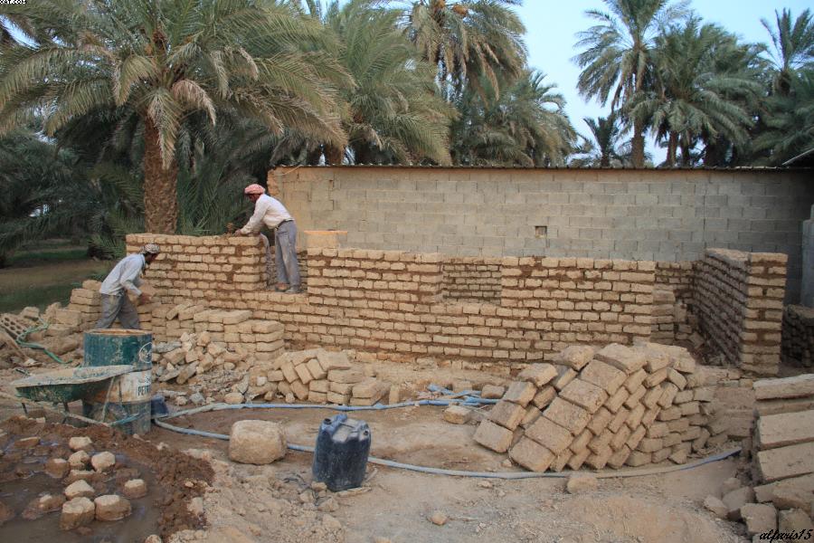 بناء بيت الطين من الألف الى الياء تقرير بالصورررر منتديات سدير