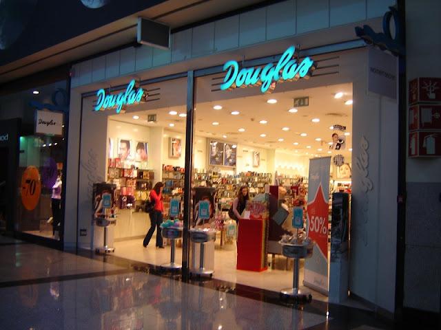 Perfumaria Douglas no Porto