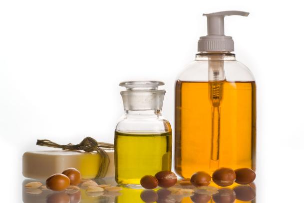 32 Manfaat Minyak Argan untuk kesehatan dan kecantikan
