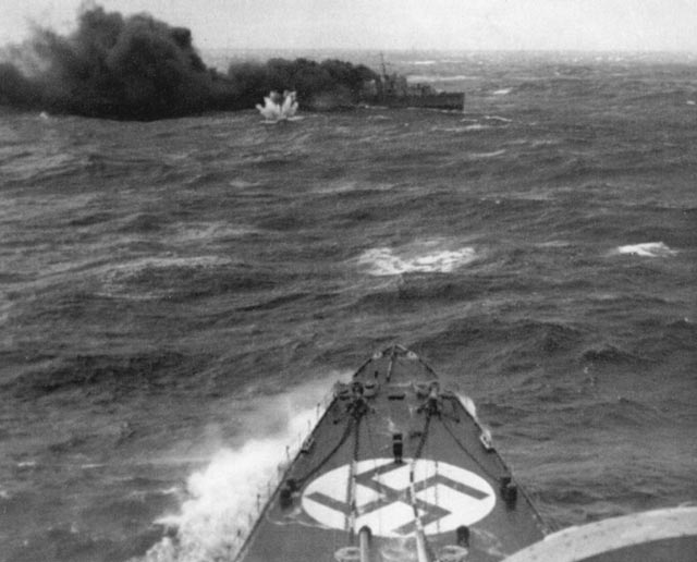 HMS Glowworm battles German heavy cruiser Hipper, April 1940 worldwartwo.filminspector.com