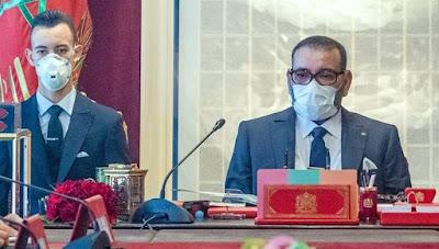 الملك محمد السادس يتفاعل مع أبناء الجالية و يأمر بتسهيل عودتهم إلى وطنهم بأثمنة معقولة