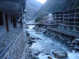 places to visit in manikaran