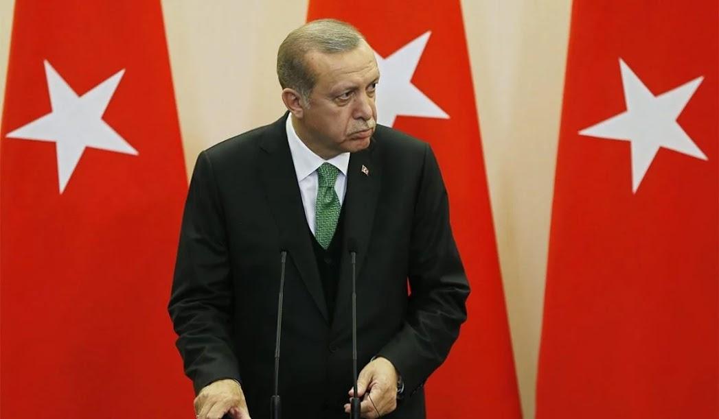 Επίθεση γοητείας από τον Ερντογάν