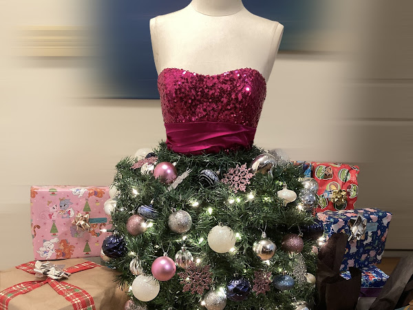 DIY Mannequin Dollar Tree Christmas Tree