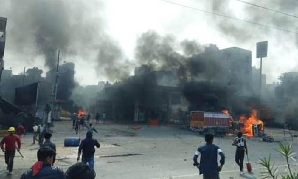 दिल्ली में हिंसाग्रस्त क्षेत्रों में शांति, मृतकों की संख्या 32 पहुंची