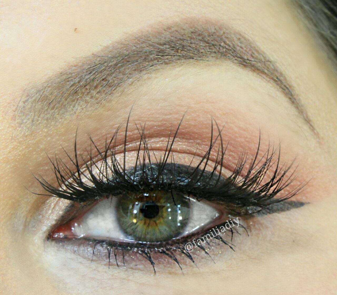 Mas antes de mais nada, vamos a cor natural de meus olhos assim dará para  vocês terem um comparativo real do antes e depois. ce0a5c21d0