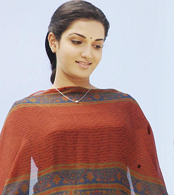 Telugu Cinema Wallpapers: Honey Rose Soundarya Nice Stills