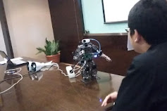 Mahasiswa Binus Ciptakan Robot Berbahasa Indonesia