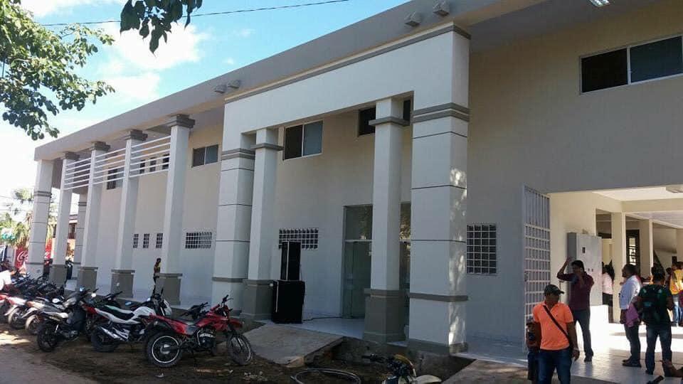 Centros médicos de Trinidad colapsan ante el incremento de casos positivos de Covid-19 / LA PALABRA