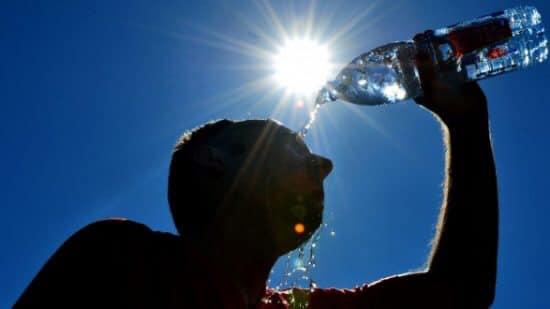 مديرية الأرصاد الجوية : طقس حار سيصل إلى 44 درجة بعدد من مناطق المملكة ابتداء من اليوم إلى غاية يوم الأربعاء المقبل✍️👇👇👇