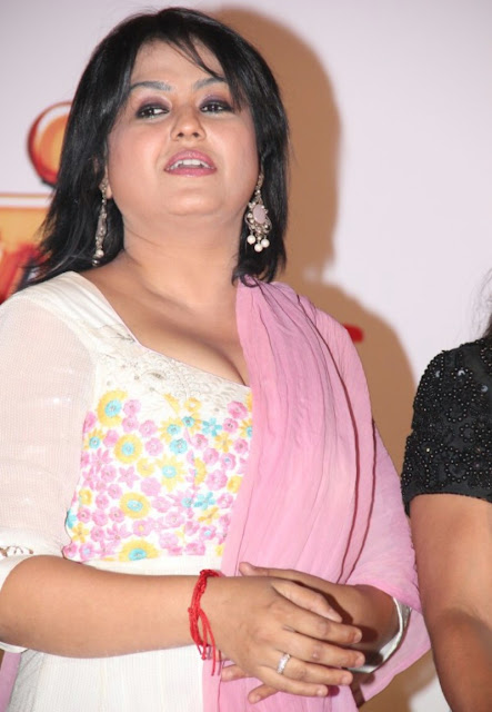 Actress Sona Latest Hot Image Gallery Navel Queens