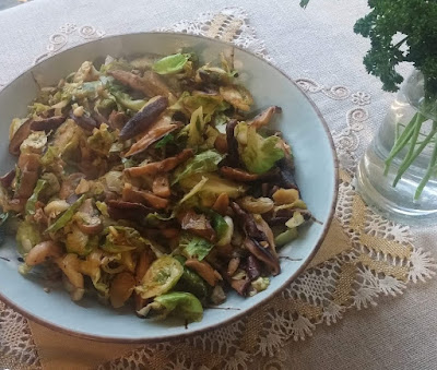 Brussels Sprouts with Buttered Mushrooms