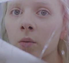 Aurora lança clipe de Winter Bird