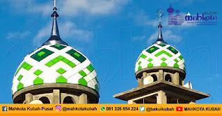 Pemasangan Kubah Masjid Enamel Kolaka