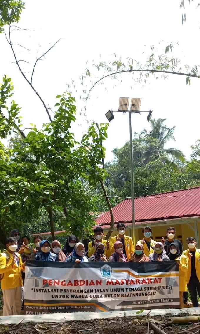 Berkat Tim Pengmas PNJ Jalan Desa Kampung Guha Kulon Jadi Terang