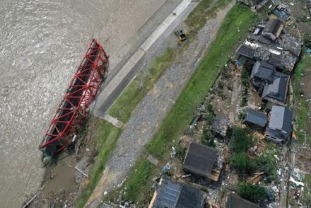 Ιαπωνία: Τουλάχιστον 58 οι νεκροί από τις πλημμύρες και τις κατολισθήσεις