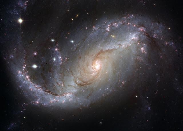Captan misteriosas señales de radio desde galaxia distante