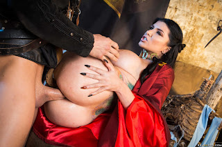 Romi-Rain-%3A-Queen-Of-Thrones-Part-2-%28A-XXX-Parody%29-%23%23-BRAZZERS-l6wuij9eef.jpg