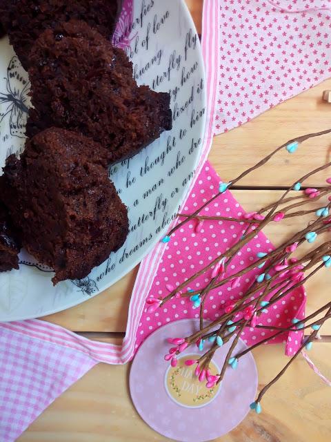 Bundt Cake De Chocolate A La Taza Y Jalea De Arándanos Negros