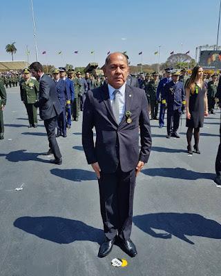 Coronel Chrisóstomo é agraciado com Medalha Exército Brasileiro