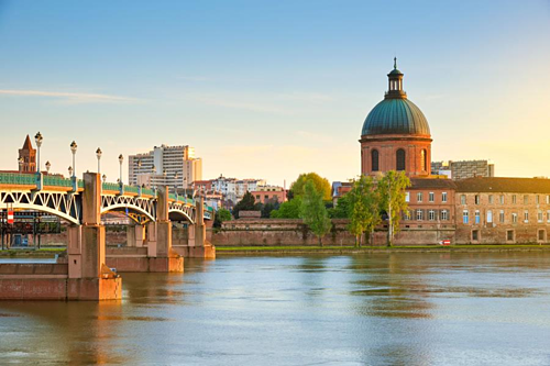 Experiences should try in the 'pink city' of France