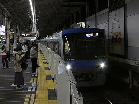 【ダイヤ改正後も終電】各駅停車 経堂行き4000形
