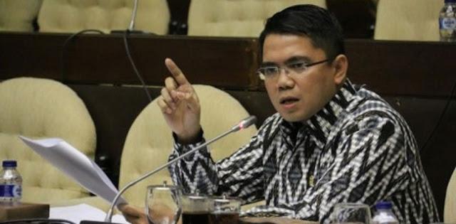 RUU Kontroversial, PDIP: Jokowi harus Bijaksanalah..