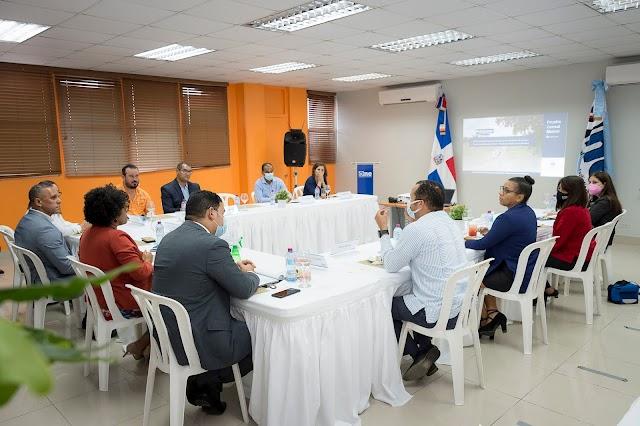 Directora de ONE y Alcalde de Maimón anuncian que el municipio será sede para prueba censal
