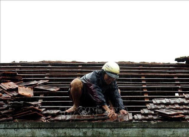 Lốc xoáy cường độ mạnh gây thiệt hại nặng nề tại Quảng Ngãi