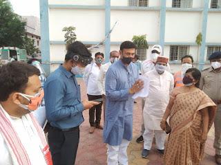 धार जिला प्रभारी मंत्री राजवर्धन सिंह दत्तीगांव ने किया कुक्षी के सिविल अस्पताल का दौरा