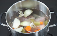 How-to-make-Chicken-Stock
