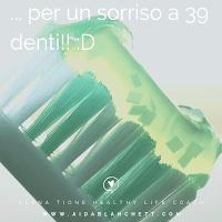 Guarda le pubblicità: prendi x e risolvi tutto - tutti sereni e con un sorriso a 39 denti! :D