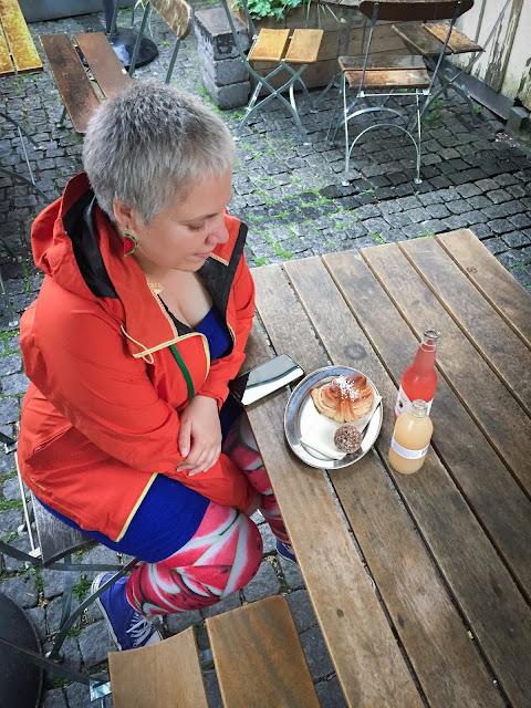 Fika la Lilla Kafferosteriet; Malmo, Suedia