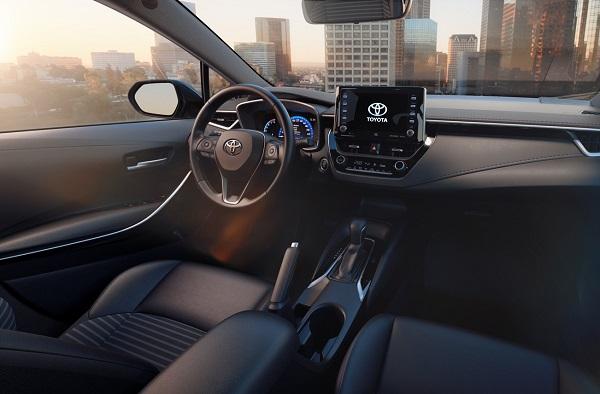 Toyota Corolla Sedán 2020 Interior