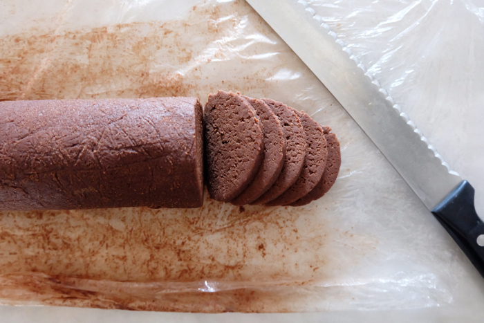slicing cookie dough