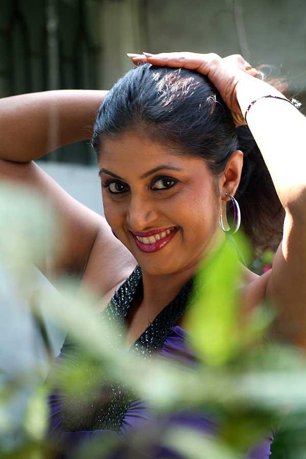 Pawani Madushani - Sri Lankan Actress And Models