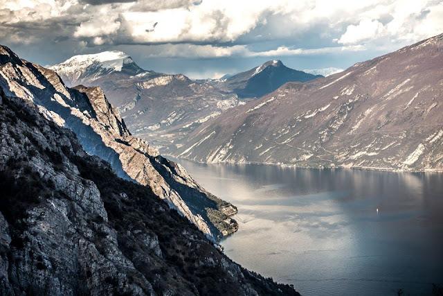 panoramaaufnahme gardasee groß MTB Gardasee Trails Cima Tignalga