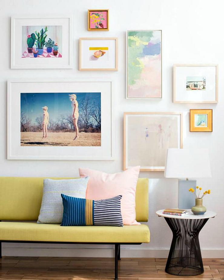 Composici n de cuadros en la pared la bici azul blog de for Composiciones de salon